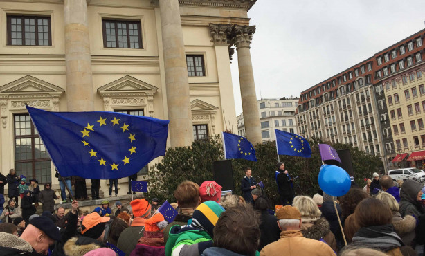 EBD Häppchen | Standing up for Europe: The silent majority gets going
