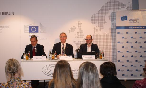 EP-Berichterstatter im Dialog   Neue Zeiten für das Urheberrecht ?