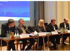 EBD De-Briefing | Europäischer Rat – Weihnachtsgeschenk für May