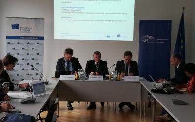 EP-Berichterstatter im Dialog: Europäischer Flugverkehr braucht fairen Wettbewerb
