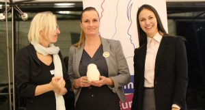 Edith Schratzberger-Vecsei President of European Women's Lobby (EWL), Adriana Lettrari und Eva Maydell Präsidentin der EMI (v.l.n.r.)