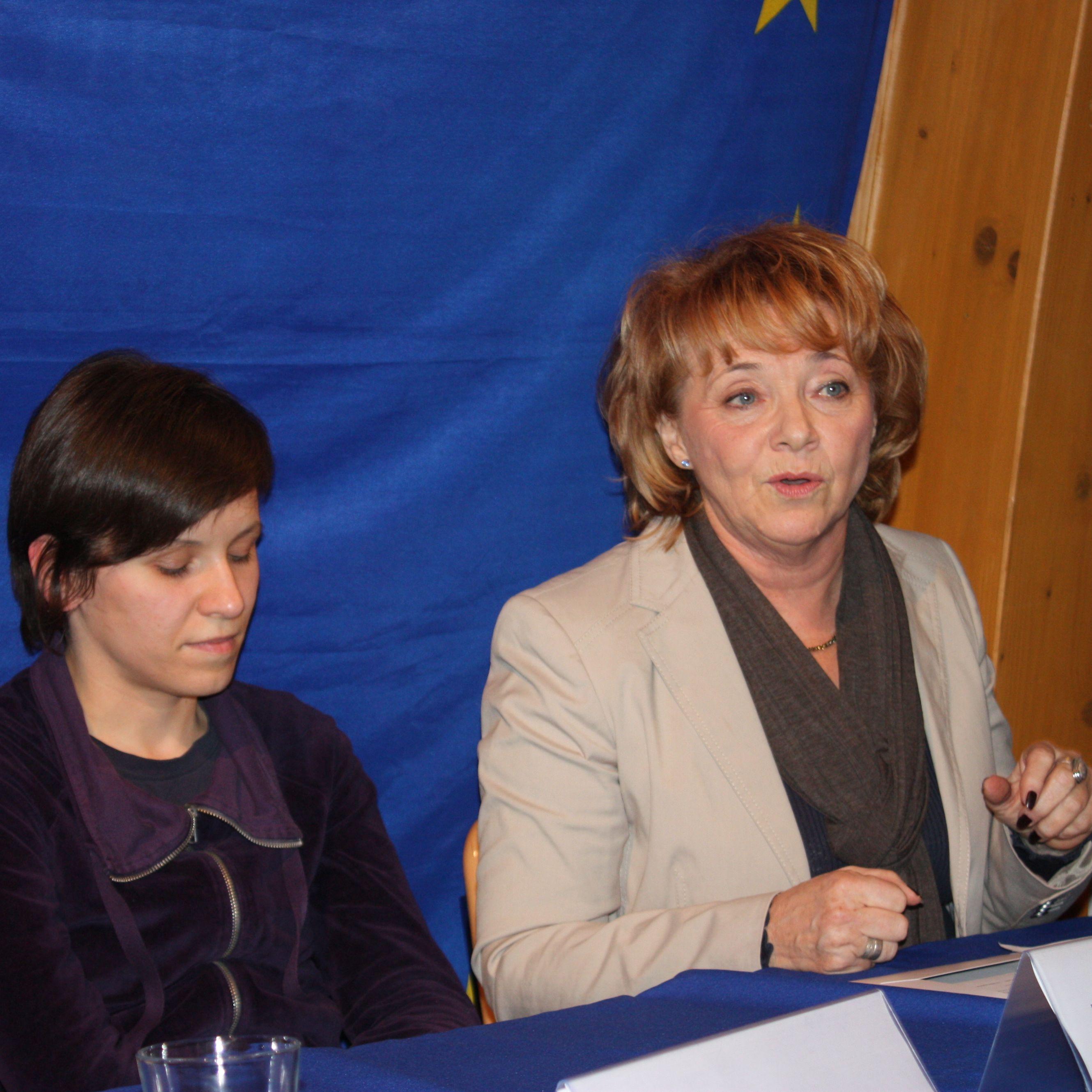 """Menschenrechte leben – Eröffnung der Ausstellung """"Menschenrechte und Zivilgesellschaft in Belarus"""""""