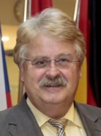 EU-Akteure: Elmar Brok engagiert sich beim Frankfurter Zukunftsrat