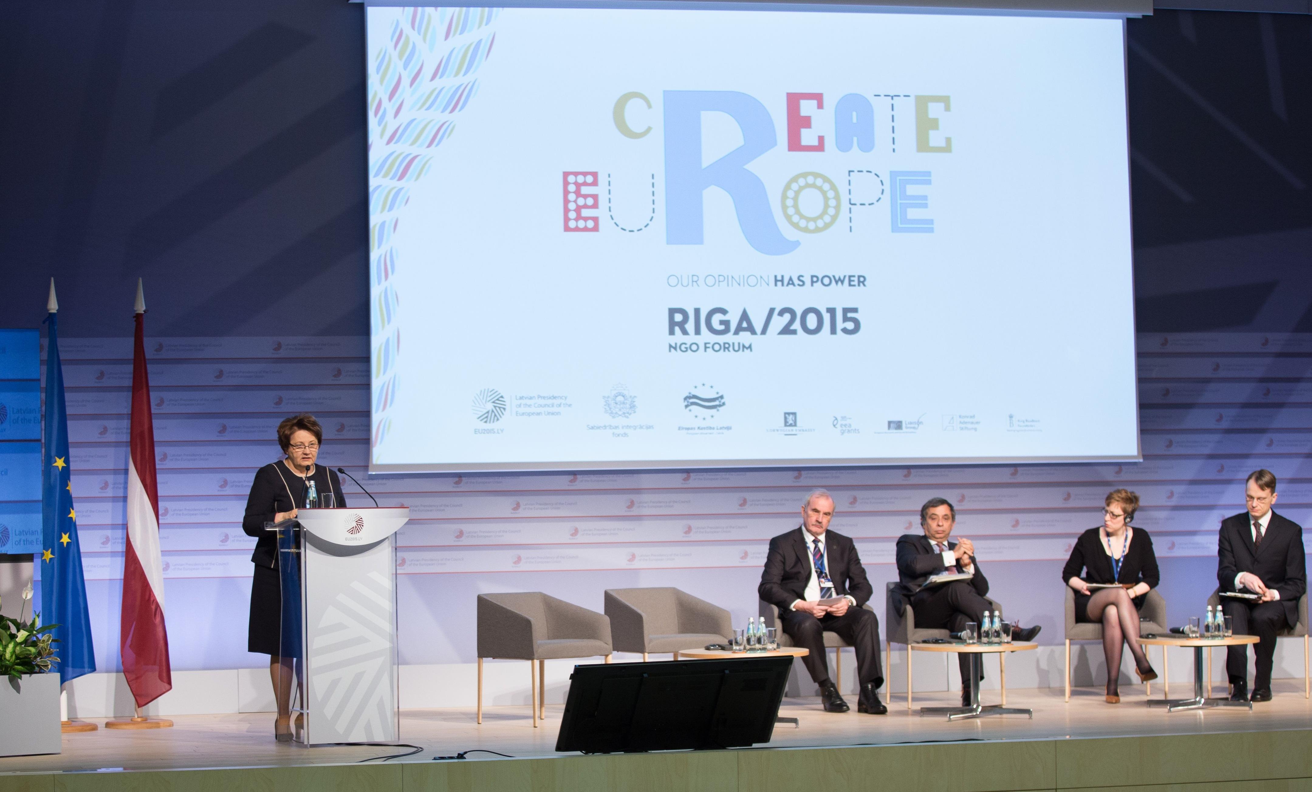 Zivilgesellschaft einbinden heißt Demokratie stärken – NGO Forum Riga 2015