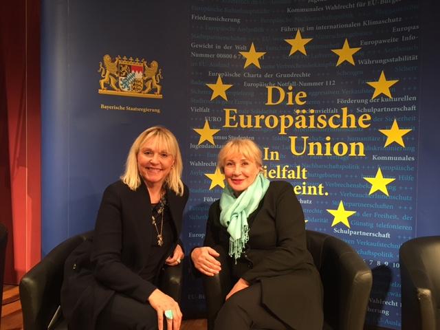 """Europawoche in Bayern mit """"Frau Europas"""" Regina Hellwig-Schmid"""