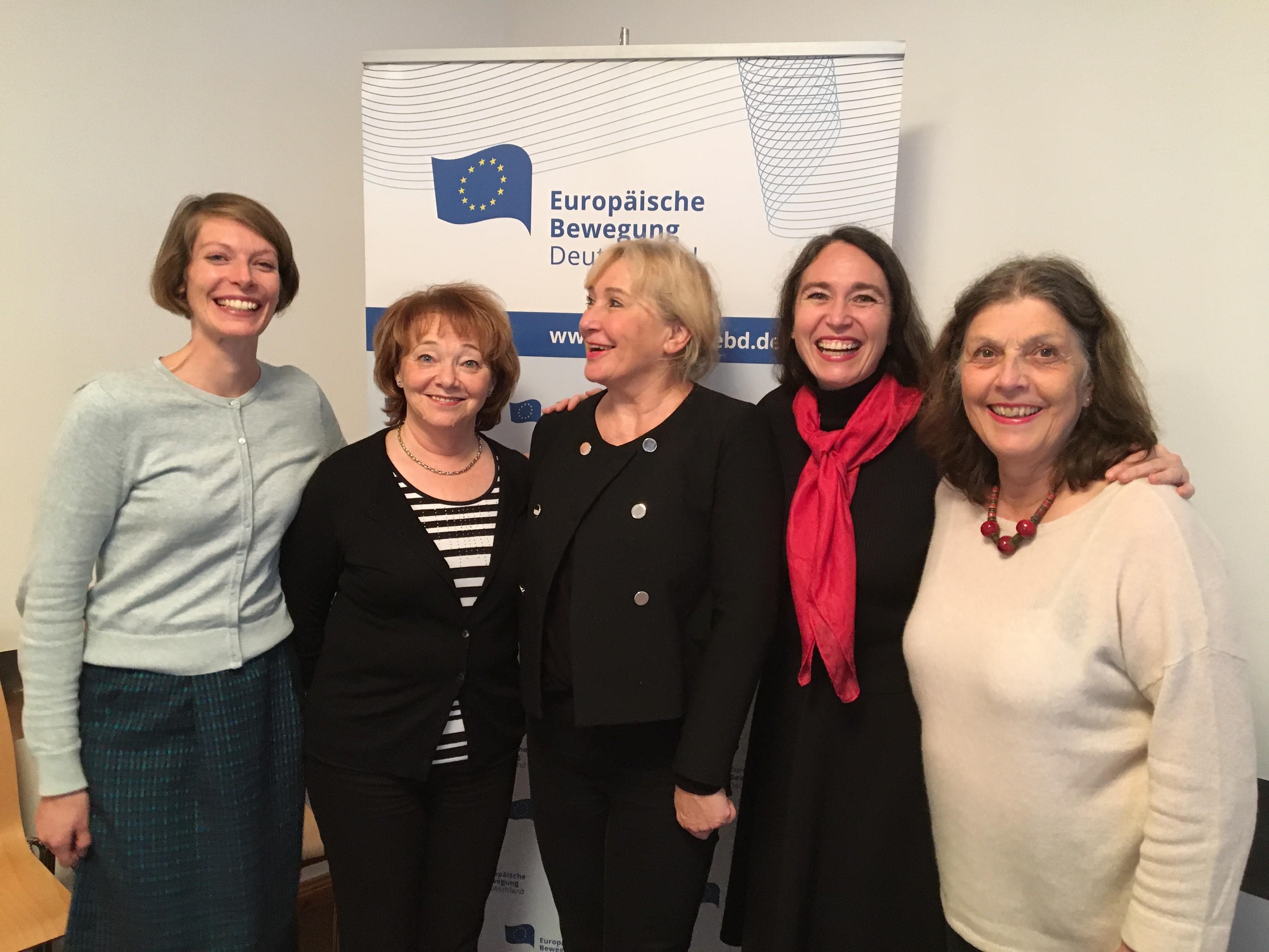 Preis Frauen Europas treffen sich zur Reflexion und nehmen Kurs auf 2018
