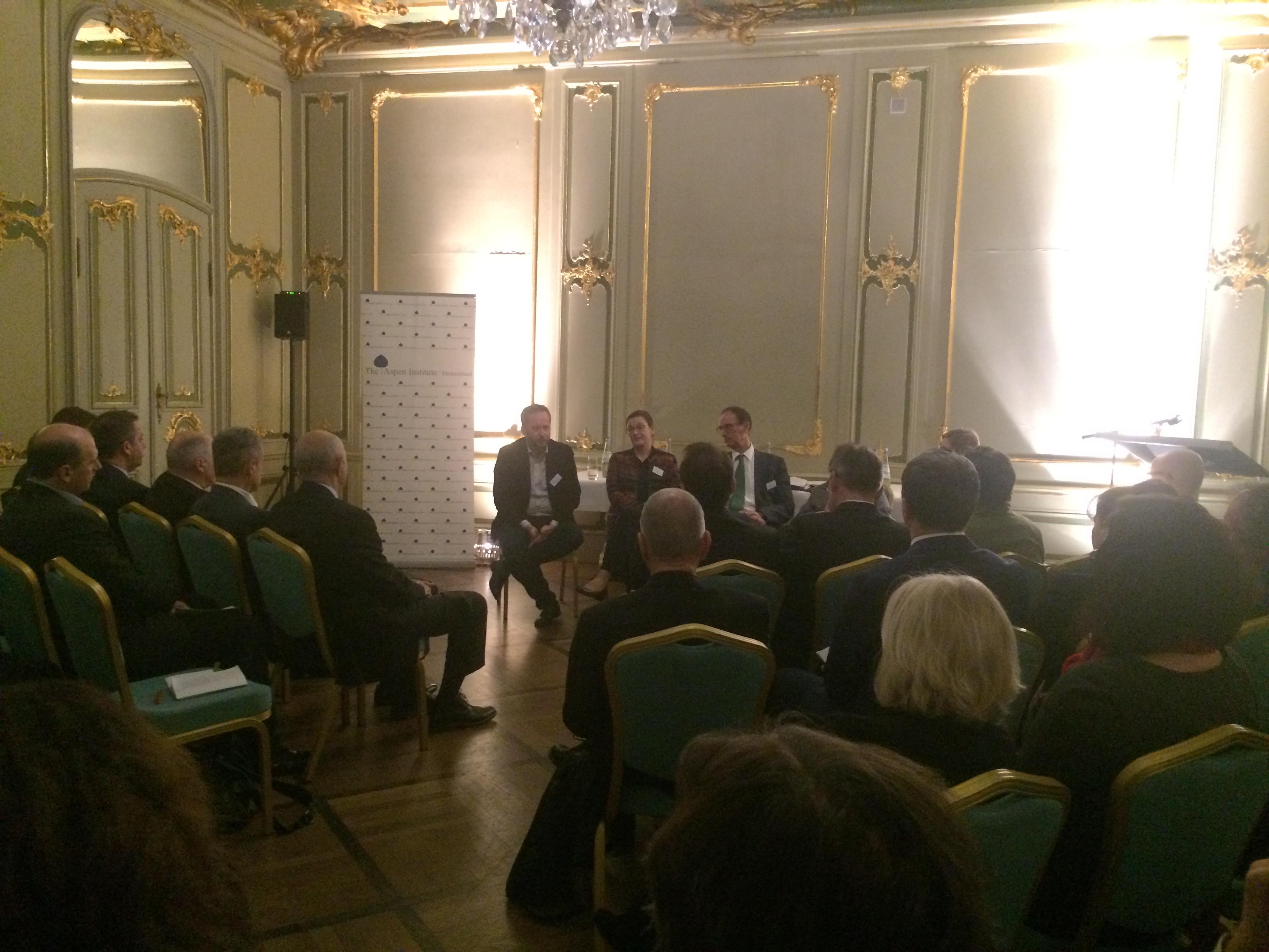 Panel-Diskussion: Was bedeuten die Krisen der EU für den westlichen Balkan?
