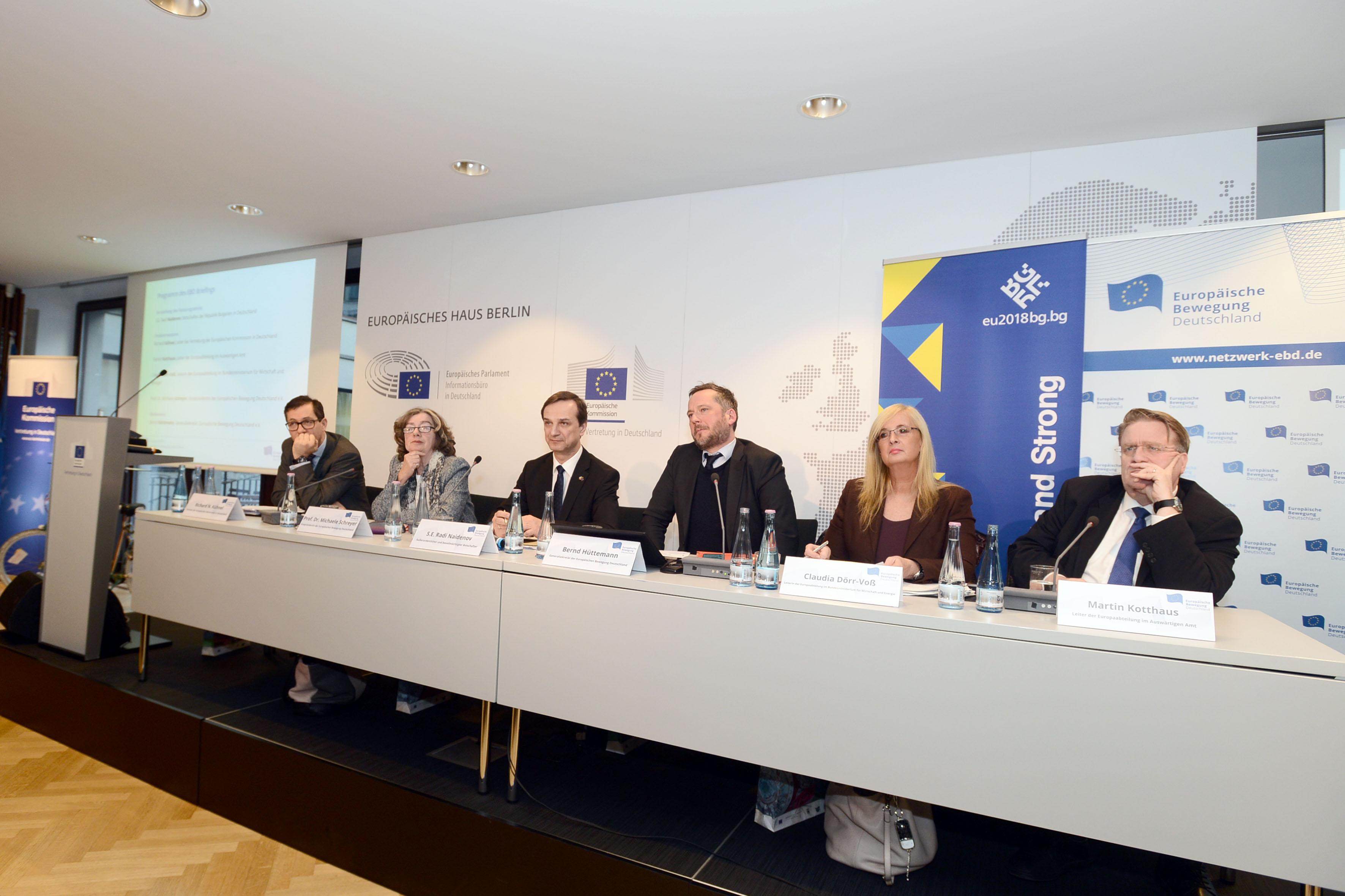 """""""Einigkeit macht stark""""   EBD Briefing zur bulgarischen Ratspräsidentschaft"""